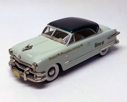 "1951 Ford Victoria ""Modelex `95 October 14-15 1995"" (комиссия)"