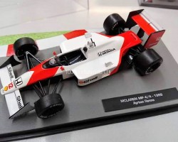 "McLaren MP4/4 - 1988 Ayrton Senna -серия ""Formula 1 Auto Collection"" (вып.1)"